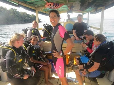 Projects Abroad volunteers get ready to dive at the Shark Conservation project in Cambodia