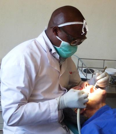 Volunteer on Dentistry Elective in Kenya